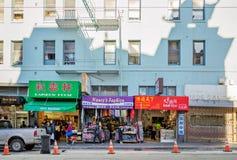 Сан-Франциско, CA, США - март 2016: Дневное время на Чайна-тауне Стоковое Изображение