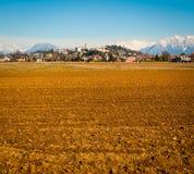 Сан Daniele и поле стоковая фотография