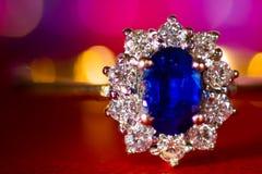 Сапфир & диаманты стоковые изображения