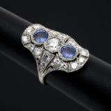 сапфир кольца диаманта Стоковые Изображения RF