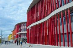 Сарагоса, Испания - 15-ое сентября 2015: Современная стена здания Стоковые Изображения