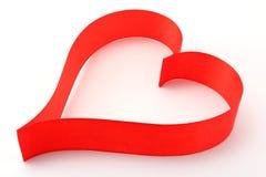 сатинировка тесемки сердца красная стоковые фото