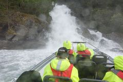 Сафари фьорда в Flam, Норвегии Стоковая Фотография RF