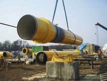 Сахалин, Россия - 12-ое ноября 2014: Конструкция типуна газа Стоковые Фотографии RF