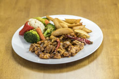 салат картошек цыпленка Стоковое Фото