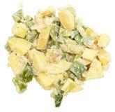 Салат картошки крупного плана над белизной Стоковые Фотографии RF