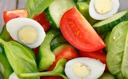 Салат крупного плана свежий с листьями шпината Стоковое Фото