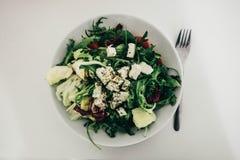 Салат свежего овоща изолированный на белой предпосылке Стоковое Фото