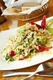 Салат с лепестками клубники, кивиа и миндалины Стоковое фото RF