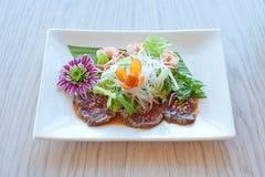 Салат с креветками и мясом Стоковое Изображение