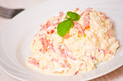 Салат с сыром, томатом, яичком Стоковые Фото