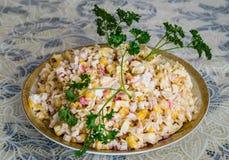 Салат украшенный с петрушкой Стоковые Фотографии RF