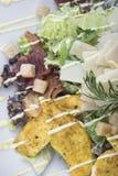 Салат цезаря с взглядом цыпленка и бекона 5top Стоковое Изображение RF