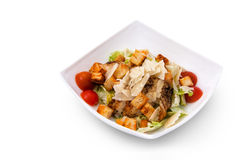 Салат цезаря цыпленка, сыр, гренки Стоковое Фото