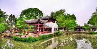 Сад всепокорного администратора, самый большой сад в Сучжоу стоковые изображения rf
