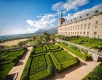 Сад в замке Escorial на San Lorenzo около Мадрида, Испании стоковые изображения