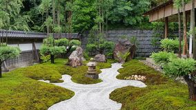 Сад Дзэн и река Стоковые Фото