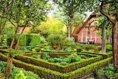 Сад коттеджа Стоковое фото RF