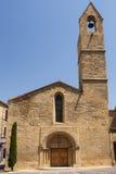 Салон-de-Провансаль (Франция): историческая церковь стоковое фото