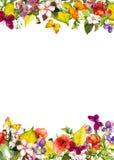 Сад осени: листья желтого цвета, цветки флористическая картина безшовная акварель Стоковые Изображения