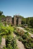 Сад перед замком Стоковое фото RF