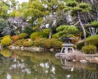 Сад японского стиля в templa kiyomizu-dera, Киото Стоковые Изображения