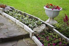 сад landscaping камень Стоковое Изображение RF