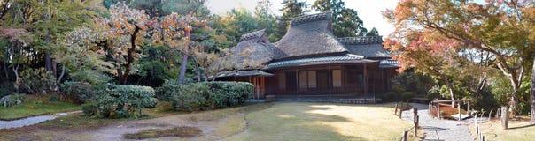 Сад Yoshikien японский, Nara, Япония Стоковое Изображение