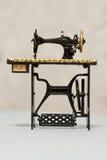 сборники подвергают старый sawing механической обработке Стоковое фото RF
