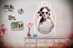 сбор винограда комнаты зеркала collagw Стоковая Фотография RF
