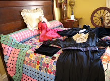 сбор винограда распространения платья кровати шикарный Стоковые Фотографии RF