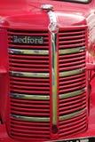 сбор винограда решетки фронта шины bedford стоковые фотографии rf