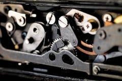 сбор винограда grunge предпосылки ретро механизм шестерен старый Стоковые Фотографии RF