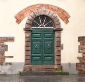 сбор винограда двери зеленый Стоковая Фотография
