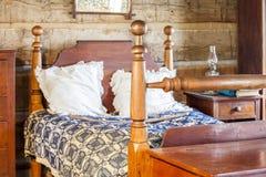 сбор винограда ночи одного светильника спальни кровати одиночный Стоковое Фото