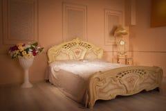 сбор винограда ночи одного светильника спальни кровати одиночный Стоковые Фотографии RF