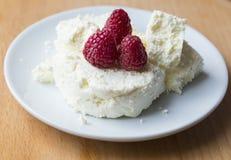 сбор винограда плиты коттеджа cheesecloth сыра свежий handmade вися органический Стоковое Фото