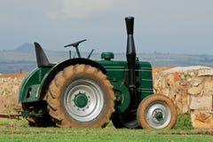 сбор винограда трактора Стоковая Фотография