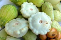 Сбор овощей: тыквы куста, vegetable сердцевины, луки Стоковое Изображение RF