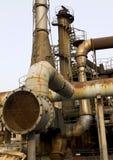 сбросы труб фабрики печных труб старые Стоковая Фотография