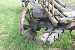 Сброшенные тележки лошади или вола Стоковые Фотографии RF