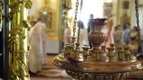 Свадебная церемония в церков сток-видео