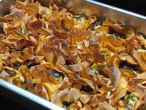 Сваренные tartlets сыра коз в горячем подносе Стоковые Фото