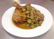 Сваренный цыпленок Стоковое фото RF