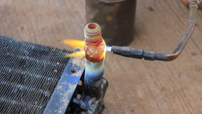 Сварка с огнем сток-видео
