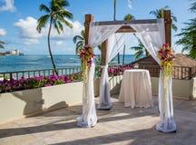 Свадебная церемония в Гаваи стоковая фотография rf