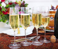 Свадебный банкет Шампань готовая для партии Стоковые Изображения RF