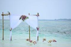 Свадьба лагуны настроенная в Мальдивах Стоковые Изображения RF