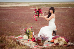 Свадьба и любовная история в природе Стоковые Фото