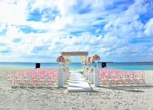 Свадьба на пляже назначения Мальдивов Стоковая Фотография